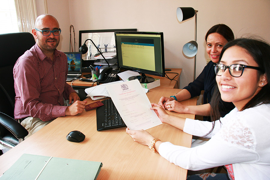 MPB-Solicitors_Photos_Manuel-Clients-2